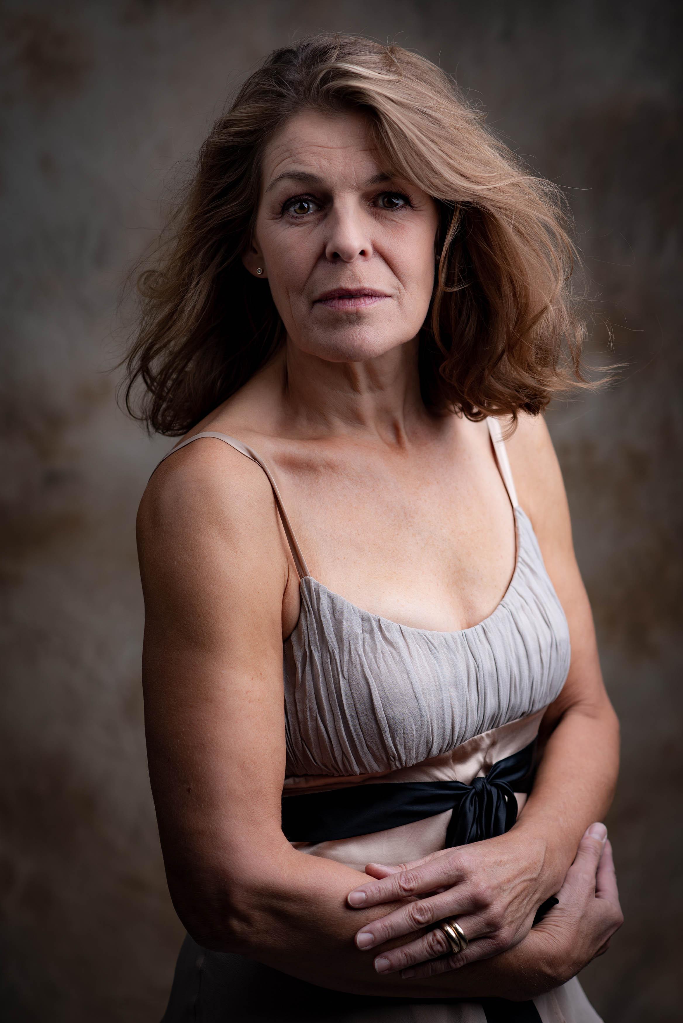 Lone Rasmussen Photography, www.lonerasmussenphotography.dk, portræt, portrætfotografi, kvinde, studieoptagelse, studiefotografi, kvinde