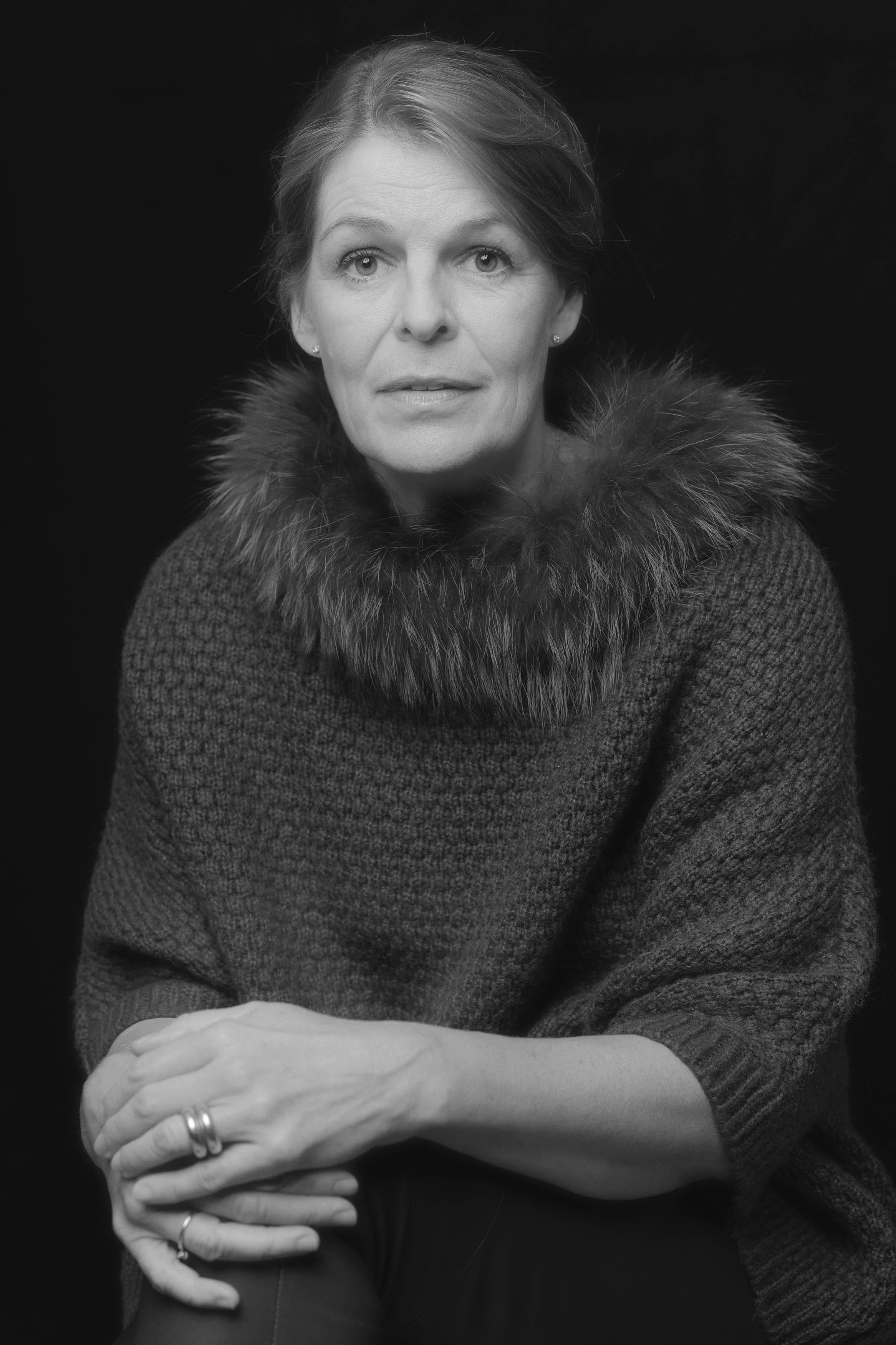 Lone Rasmussen Photography, www.lonerasmussenphotography.dk, portræt, kvinde, sort-hvid