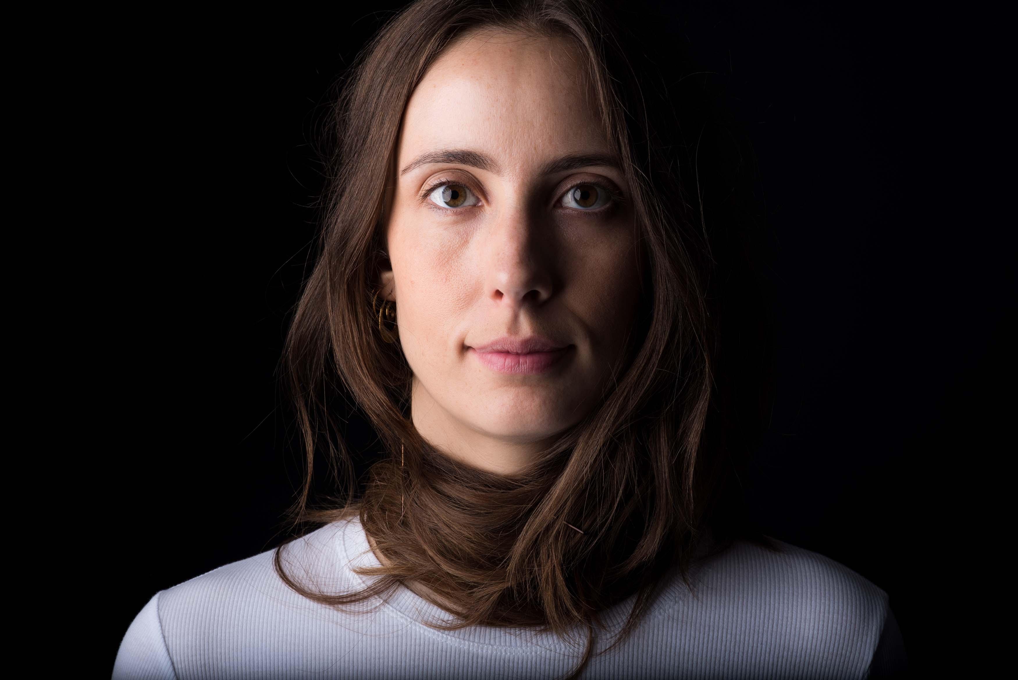 Lone Rasmussen Photography, www.lonerasmussenphotography.dk, portræt, kvinde, langt hår