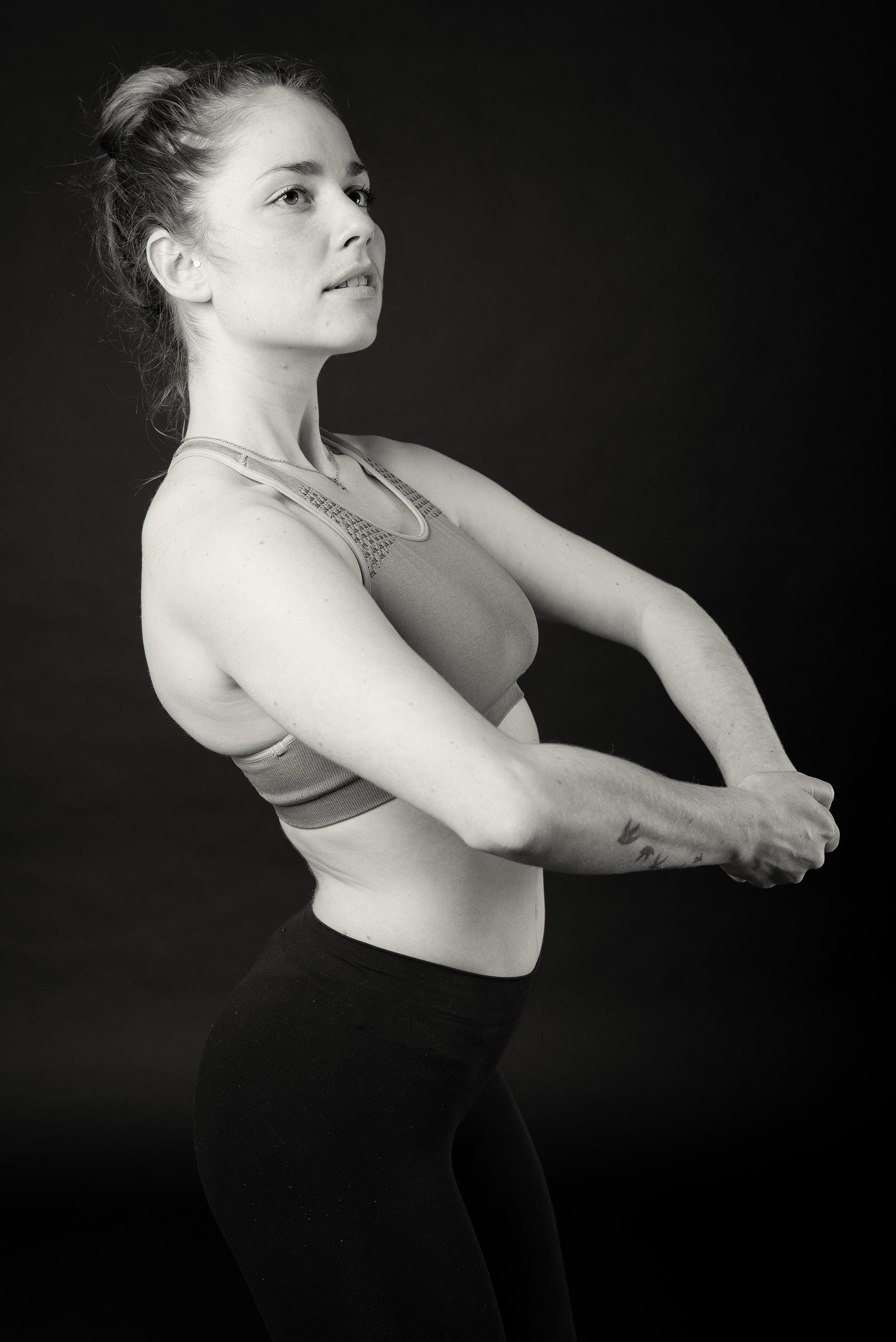 Lone Rasmussen Photography, www.lonerasmussenphotography.dk, portræt, danser, kvinde, sort-hvid